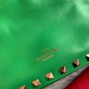 Valentino Bags - ❤️Authentic Valentino Rockstud Mini Tote❤️